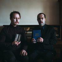 Ned bled – »Konrad Bayer am elektrischen Stuhl« von Tommy Hojsa und Bernhard Moshammer